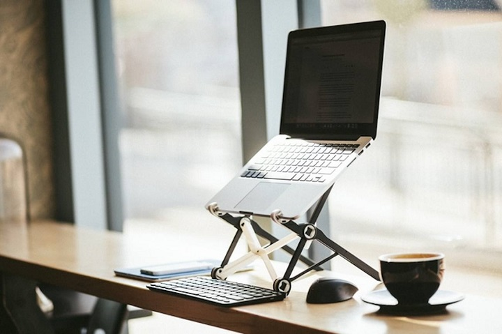 adjustable-laptop-stand