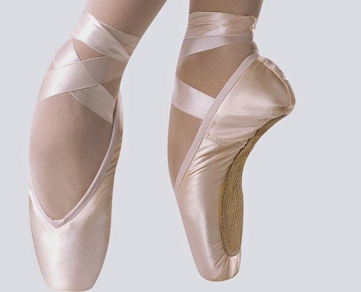 ballerina flat shoe