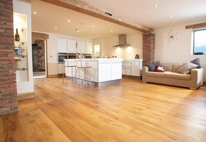 house-with-vinyl-flooring