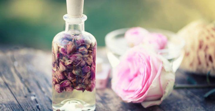 rose-essential-oil-cover